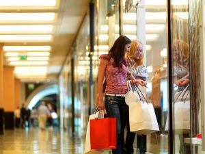 Dubai attracts shopping lovers from around the world