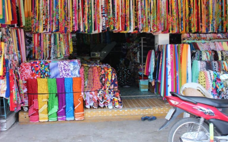 Fabrics at Cho Dam Market