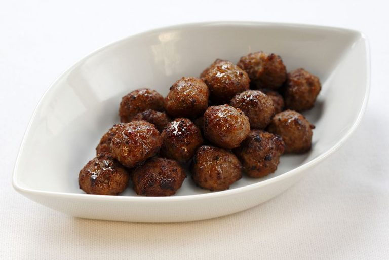 Meatballs in a plate