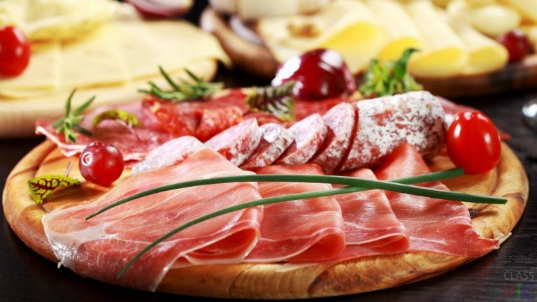 Montenegrin products - prosciutto and sausage