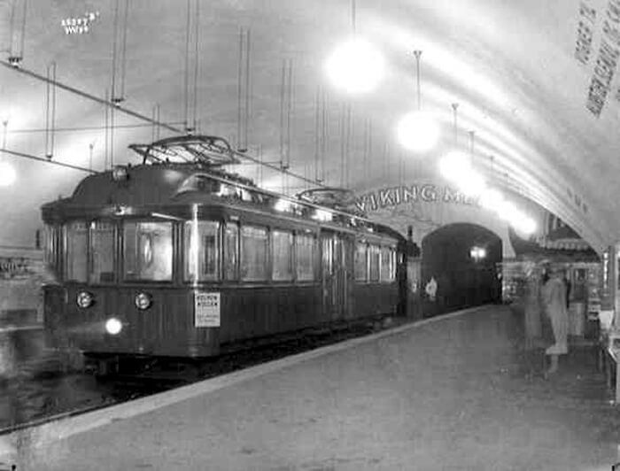 Tram at Nationaltheatret Station in 1928