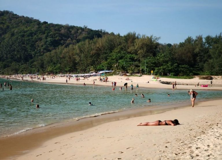 Holidays at Nai Harn Beach