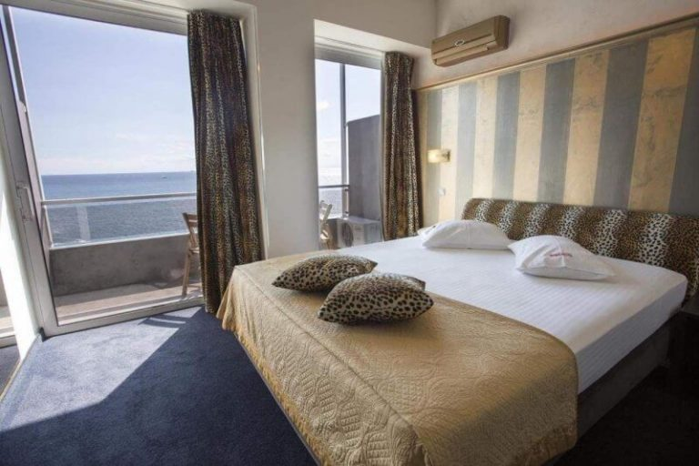 Double room in hotel 5 *