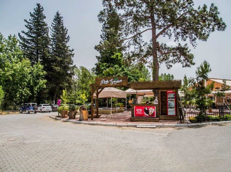 Shop with cafe near Manavgat waterfall