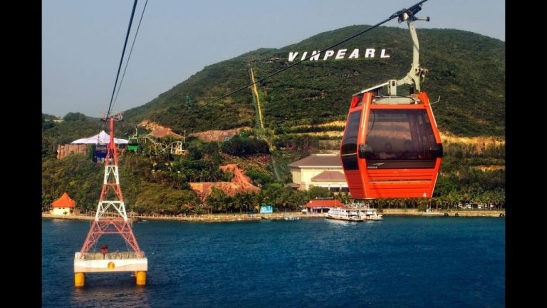 Attraction: cable car in Nha Trang