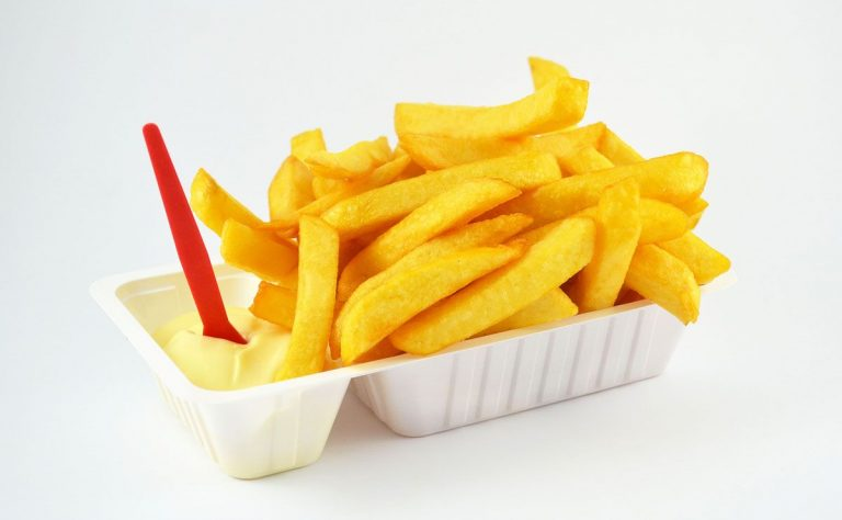 French fries in large slices - Patat