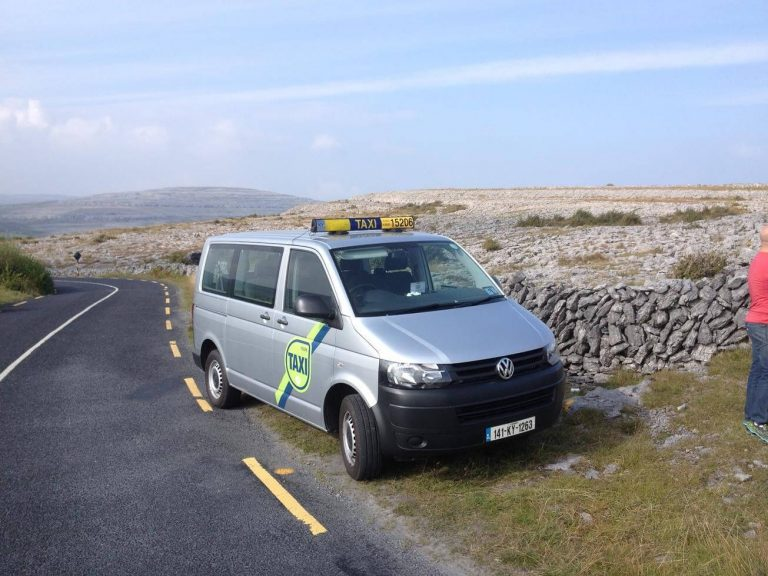 By taxi to the cliffs of Moher