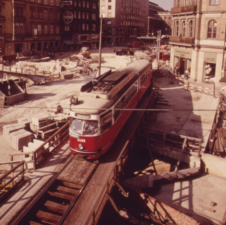 Construction of the Karlsplatz and KärntnerStraße Underground, 1973