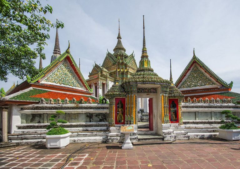 Temple of the Reclining Buddha Wat Pho