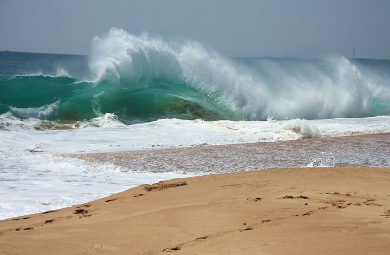 Photo: Tangalle waves