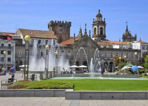 Lovely fountains and buildings in Braga