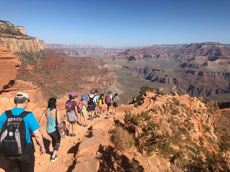 hiking-the-bright-angels-trail-grand-canyon