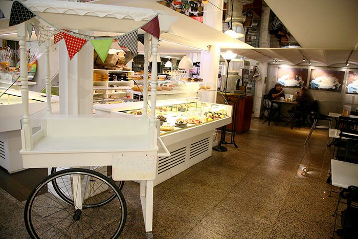 The best pastry shops in Barcelona, ​​patisserie Escribá